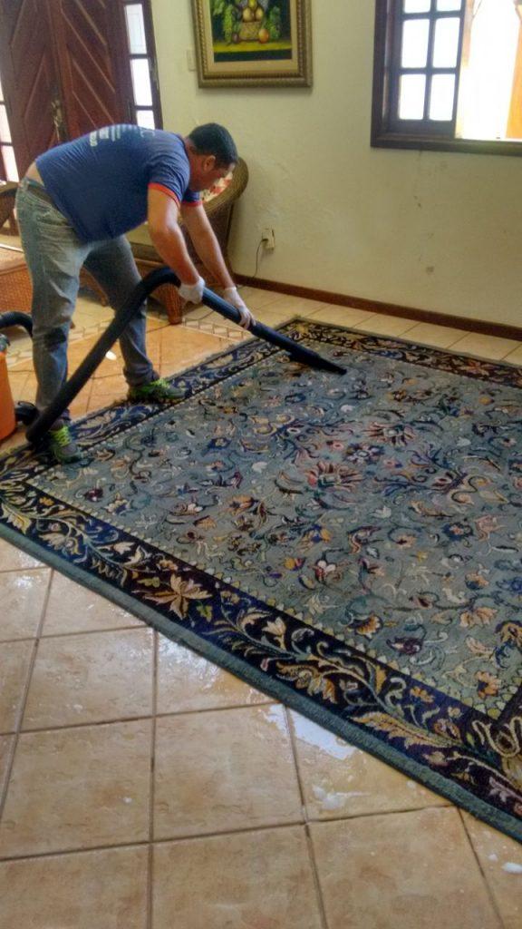 Limpeza Higienização de Estofados em Montes Claros MG