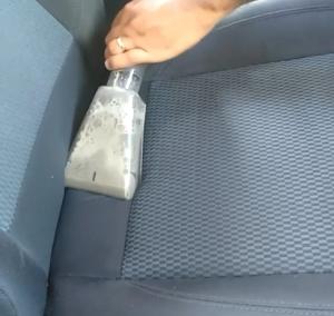 Limpeza de estofado carro